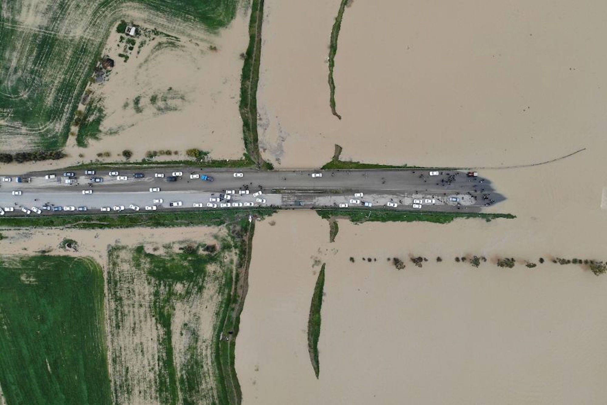 Inundação na cidade de Gotham, no Irã